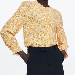 Zara Daisy Print Ruffle Neck Top Yellow Small